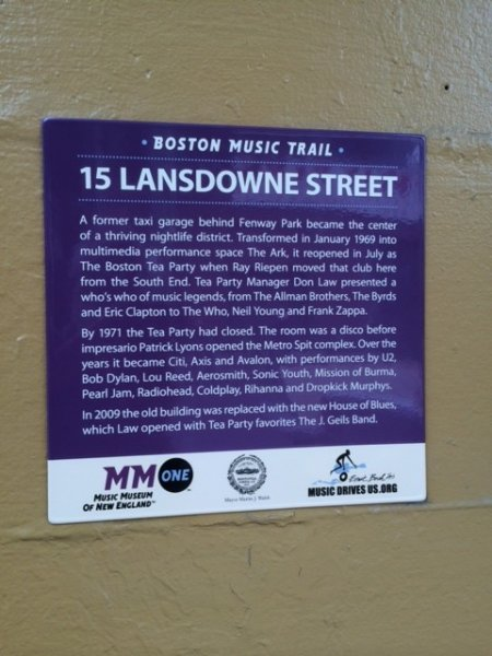 15-Lansdowne-marker-installed